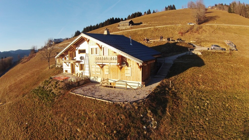 for sale chalet d 39 alpage morzine views agence olivier. Black Bedroom Furniture Sets. Home Design Ideas